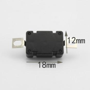 سوئیچ فشاری دارای ابعاد 18mm x 12mm x 9mm