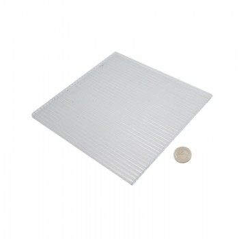 ورق پلی کربنات دارای ابعاد 200mmX200mmX6mm